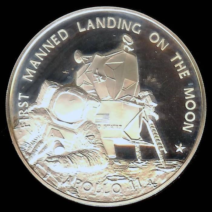 1969 Apollo 11 Coin - Pics about space
