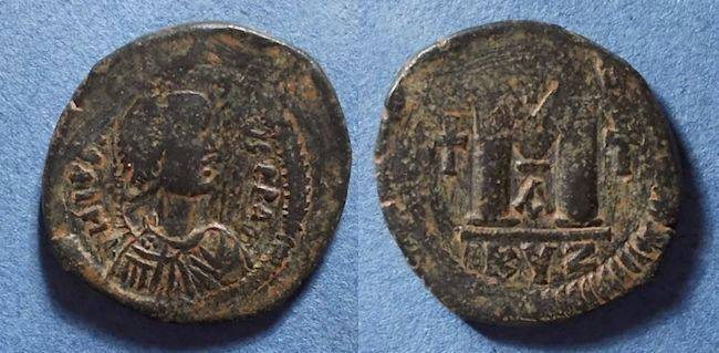 Ancient Coins - Byzantine Empire, Justin 518-527, Follis