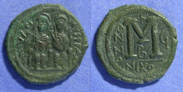 Ancient Coins - Byzantine Empire - Justin II 565-578AD - Follis