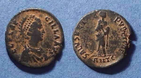 Ancient Coins - Roman Empire, Aelia Flaccilla 379-395, AE2