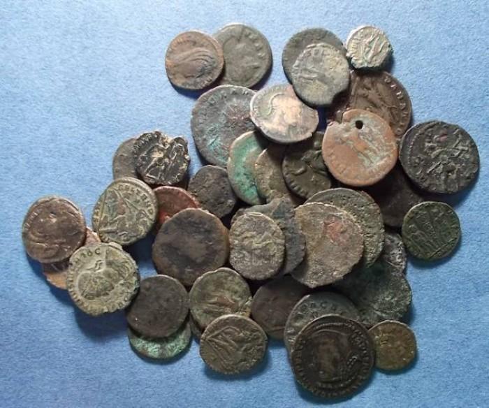 Ancient Coins - 47 Roman Bronze coins,  ,