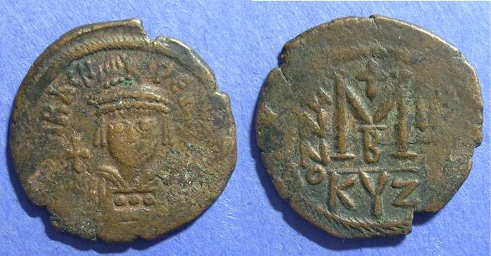 Ancient Coins - Byzantine Empire, Heraclius 610-641, Follis