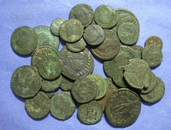 Ancient Coins - 39 Roman Imperial bronze coins