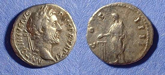 Ancient Coins - Antoninus Pius 138-161 Denarius - Emperor Sacrificing