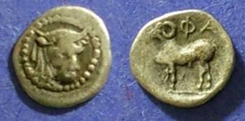 Ancient Coins - Pharkadon, Thessaly 450-400 BC, Hemiobol