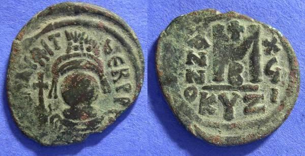Ancient Coins - Byzantine - Maurice Tiberius 582-602 Follis Cyzicus mint