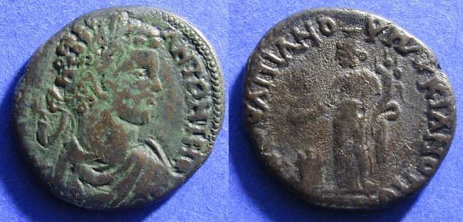 Ancient Coins - Commodus 177-192 AE28 Marcianopolis