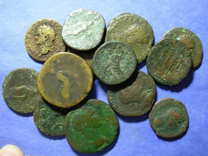 Ancient Coins - 13 Roman imperial AE of the 1st thu 3rd centuries