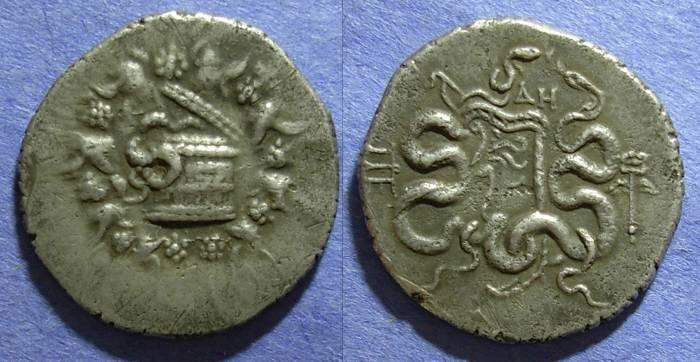 Ancient Coins - Mysia, Pergamon 128-123 BC, Cistaphoric Tetradrachm