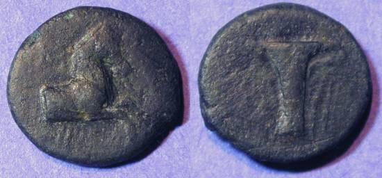 Ancient Coins - Kyme Aiolis - AE 17 - 3rd Century BC