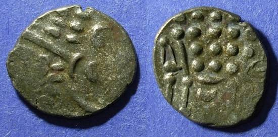Ancient Coins - Celtic Britian, Durotriges Circa 50 BC, Stater