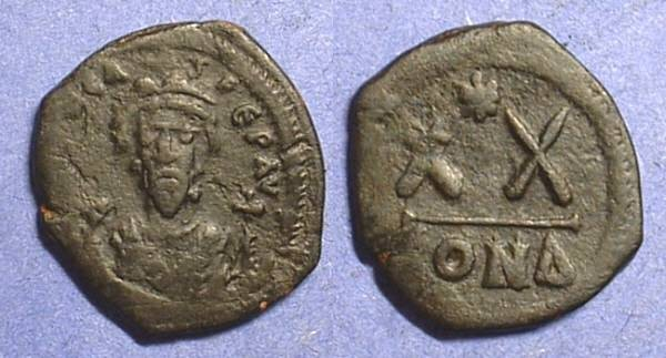 Ancient Coins - Focas (or Phocas ) - 602-610,  1/2 Follis