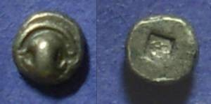 Ancient Coins - Thebes Boeotia – Tiny  Tetartemorion, 480-460 BC