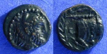 Ancient Coins - Erythrai Ionia - AE9 - 350-330 BC