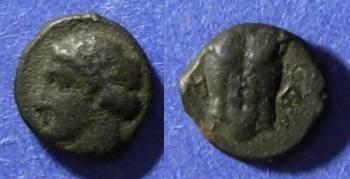 Ancient Coins - Magnesia, Ionia 400-350 BC, AE8