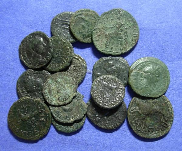 Ancient Coins - 16 Roman Provicial issues