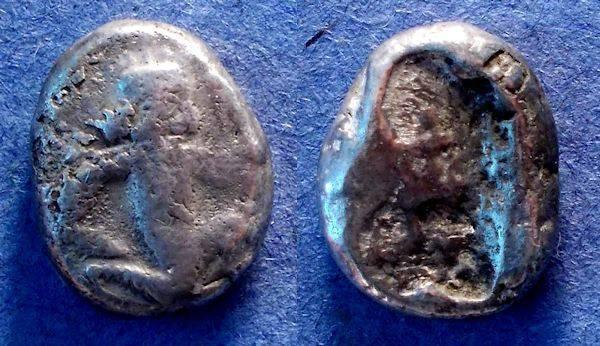 World Coins - Achaemenid Kings,  Circa 375-340 BC, Siglos