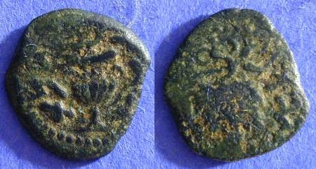 Ancient Coins - Judaea - 1st Revolt 66-70AD Prutah - year 2