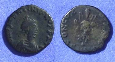 Ancient Coins - Valentinian III – 425-455AD – AE4