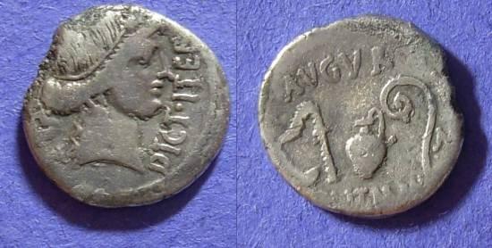 Ancient Coins - Julius Caesar D.44 BC - Denarius