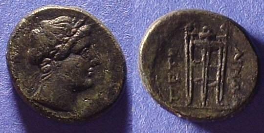 Ancient Coins - Petelia Bruttium - AE18, 216-204BC