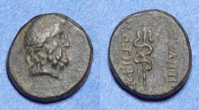 Ancient Coins - Mysia, Pergamon 200-113 BC, Bronze AE15