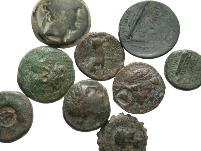 Ancient Coins - [Greek]. Lot of nine Seleukid Æ.