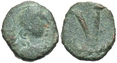 Ancient Coins - Justinian I. 527-565. Æ pentanummium. Rome. Fine, green patina.