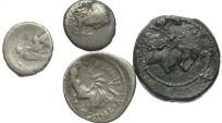 Ancient Coins - [Roman Republic] Lot of four Roman Republican coins. Average Fair to VF.
