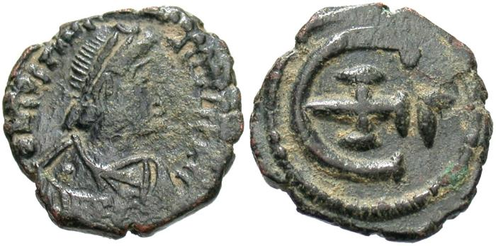 Ancient Coins - Justinian I. Æ pentanummium. Good Fine, dark green patina.