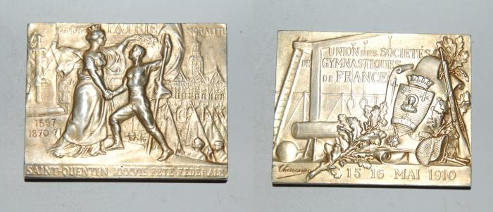 World Coins - silver gold plated medal from C THEUNISSEN 55/44 mm fete de Saint Quantin mai 1910 rare