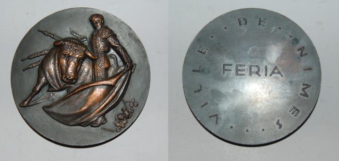 World Coins - ae medal from VEZIN feria de Nimes 68mm rare bronze medal