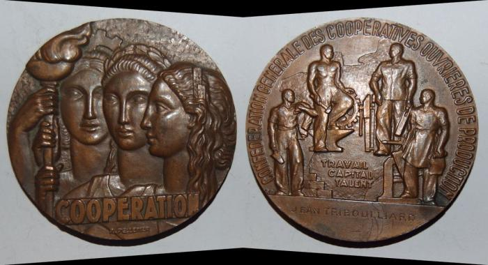 World Coins - ae medal from R PELLETIER 68 mm cooperation art deco bronze medal