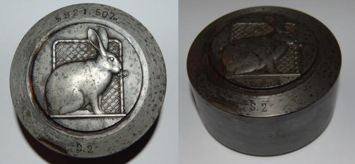 World Coins - poinçon from JA BRIQUEMONT 74/50 mm le lievre iron medal
