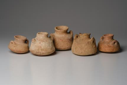 Ancient Coins - Collection of 5 Ancient Holy Land Pottery Vessels Iron age, ca. 1200-1000 B.C.