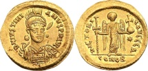 Justinian I. Gold Solidus (4.36 g), 527-565. Constantinople