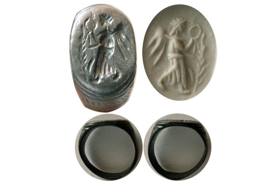 Ancient Coins - ROMAN EMPIRE. Ca. 2nd.- 3rd. Century AD. Bronze Seal Ring.