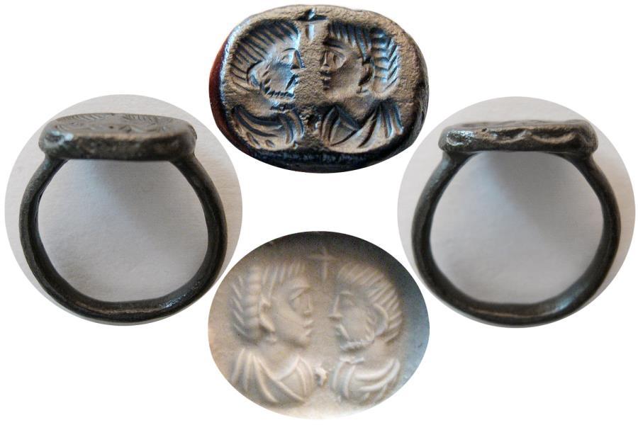 Ancient Coins - BYZANTINE EMPIRE. Ca. 6th-8th. Century AD. Bronze Seal Ring. Rare !