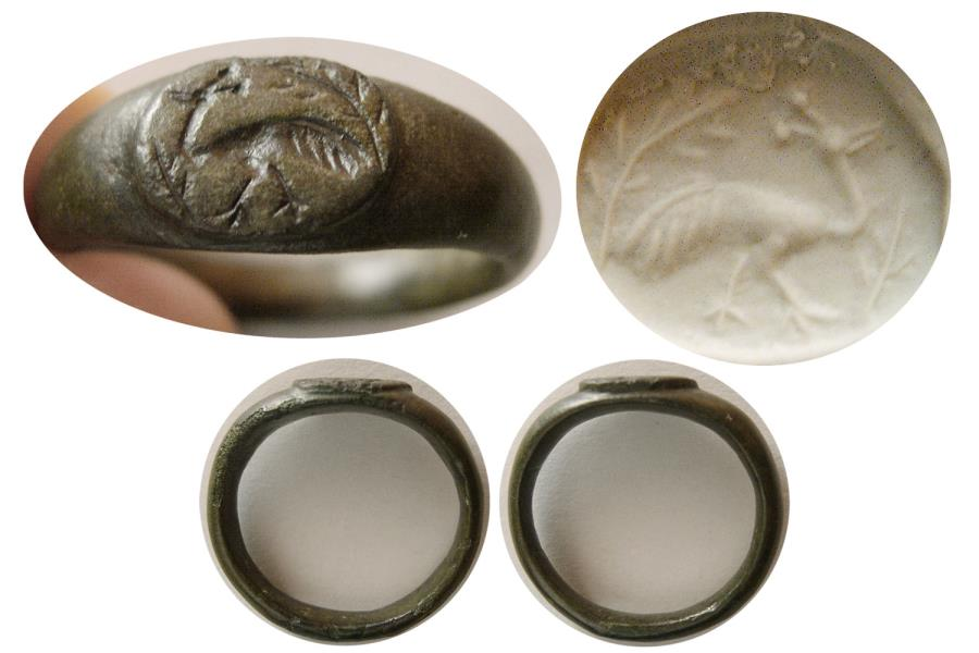Ancient Coins - ROMAN EMPIRE. Ca. 2nd.- 3rd. Century AD. Bronze Seal Ring. Peacock !