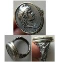 World Coins - Paris - A custom-made Sterling Silver Cameo Ring