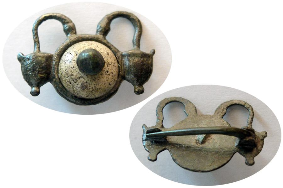 Ancient Coins - ROMAN EMPIRE. Ca. 3rd-4th. Century AD. Bronze Fibula.