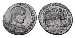 Ancient Coins - MAGNENTIUS, 350-353 AD.  Æ Centenionalis.