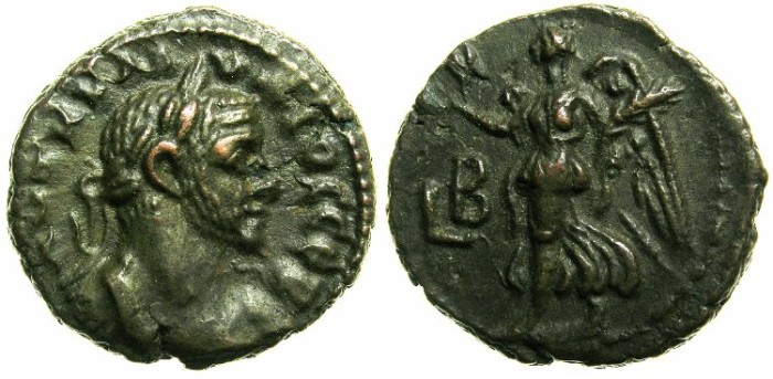 Ancient Coins - EGYPT.ALEXANDRIA.Claudius II Gothicus AD 268-270.Billon Tetradrachm AD 269/70.~~~NIKE flying left.