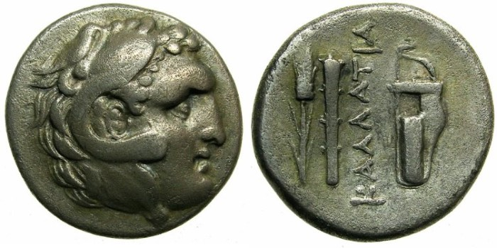 Ancient Coins - BLACK SEA.KALLATIS.Circa 3rd-2nd cent.BC.AR.Didrachm.Young Herakles.Grain ear,club and bow case.