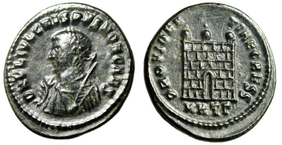 """Ancient Coins - Crispus Caesar AE20 """"PROVIDENTIA CAESS Campgate, Consular Bust"""" Heraclea RIC 18"""