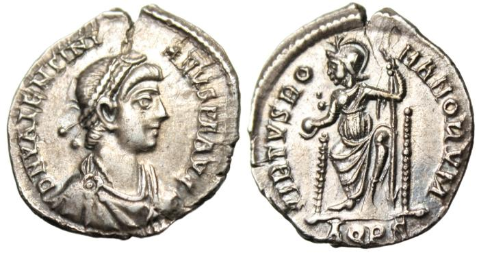 "Ancient Coins - Valentinian II SIlver Siliqua ""VIRTVS ROMANORVM Roma Seated"" Aquileia RIC 28c"