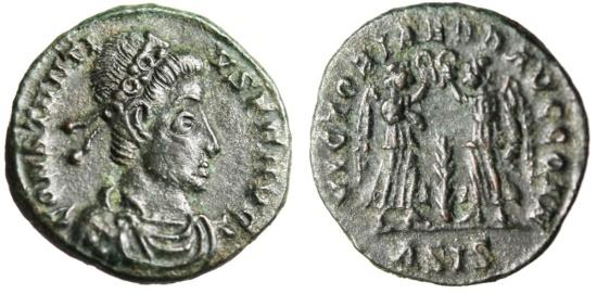 """Ancient Coins - Constantius II AE3 """"VICTORIAE DD AVGG Q NN Two Victories"""" VF RIC 194 Siscia"""