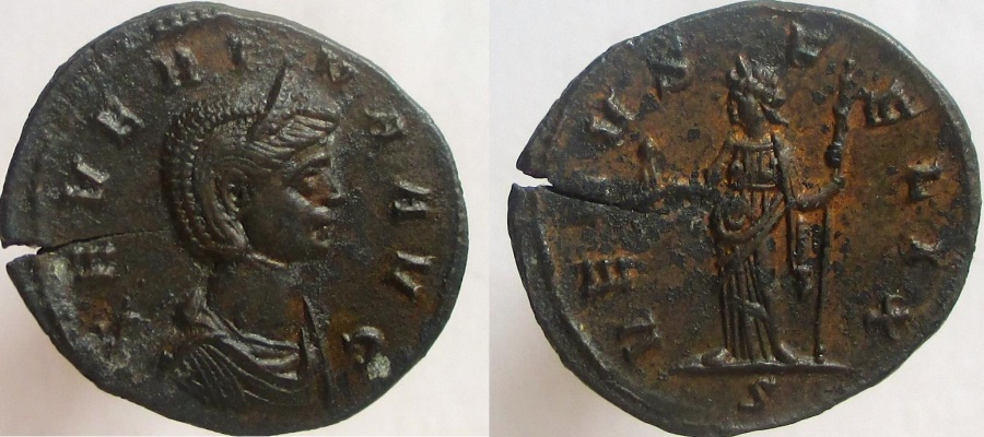 Ancient Coins - Severina, Augusta, 270-275 AD. Æ Denarius, Venus holding seated figure and sceptre.