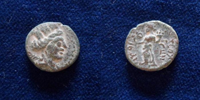 Ancient Coins - PHOENICIA, Sidon?. Autonomous issues. Æ 16.5mm/3.8gr.