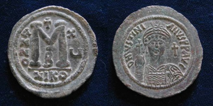 Ancient Coins - JUSTINIAN I. 527-565 AD. Æ Follis (40mm, 23.5 gm). Nicomedia mint.